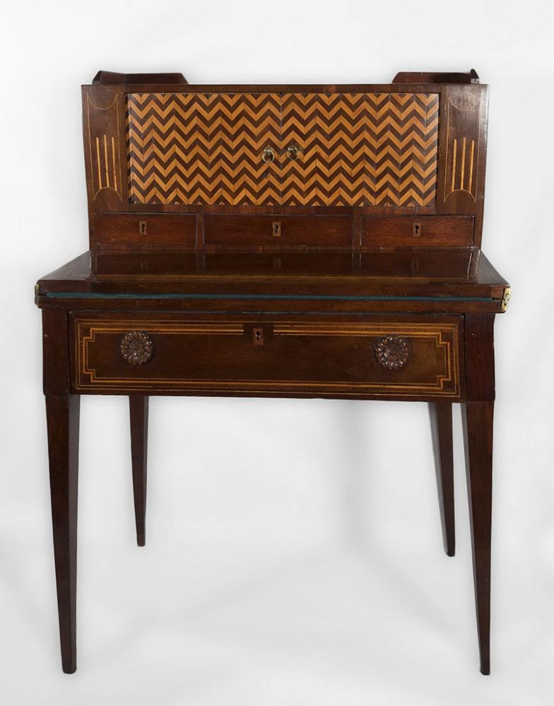 Бюро-секретер. 1820-е