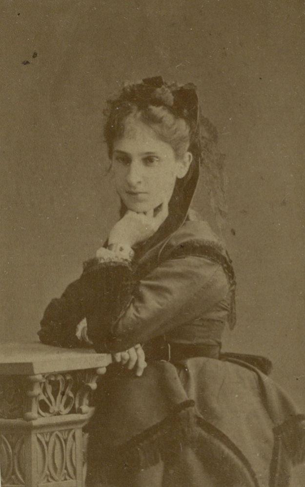 О.А. Боратынская, невестка поэта Евгения Боратынского. Фотография. 1878-1879