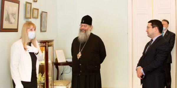 Глава Татарстанской митрополии посетил Музей Боратынского в Казани
